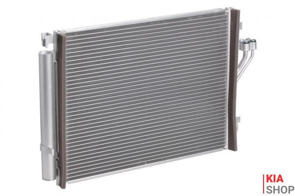 Радиатор кондиционера с ресивером Kia Sportage III/Hyundai iX35 (10-) D  Luzar